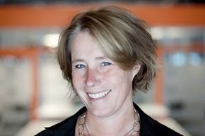 Johanna Frelin er administrerende direktør i Hyper Island. Selskapet jobber med å få enkeltpersoner og bedrifter til å vokse med de utfordringene og mulighetene som ny teknologi innebærer.