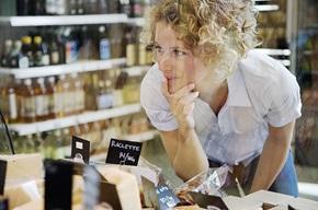 Buycott: Buycotting går ut på bevisst å kjøpe visse produkter basert på politiske, etiske eller miljømessige oppfatninger.