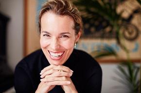 Anna Frost, psykolog, kliniker og foreleser for næringslivet, mener bedriftene bør ta et steg tilbake og kamuflere noe av all den informasjonen de har om kundene.
