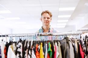"""""""I byggeperioden har vi flyttet mye på oss, så av og til er det nesten vanskelig å finne den man skal ha tak i. Men når alt er ferdig, vil vi ha et fint og moderne kontor som er tilpasset dagens virksomhet"""", forteller Magnus Axelsson."""